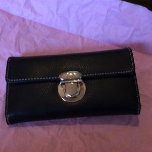 Handbags - NWOT Black wallet